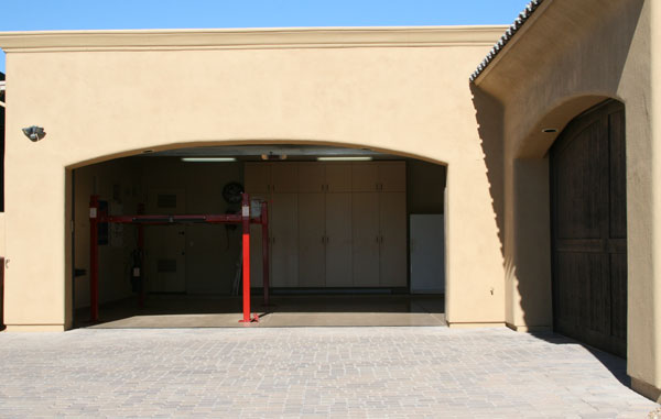 North Scottsdale Luxury Home For Car Enthusiasts Extended Garage