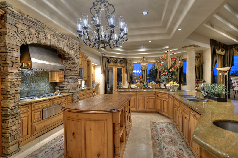 Paradise Valley Homes | SOLD By The Marta Walsh Group at $2,995 MILLION