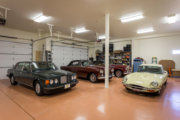 10 car climate controlled  garage| 11225 N Crestview DR Fountain Hills Arizona 85268 | via: The Marta Walsh Group
