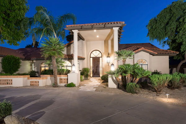 11301 E NORTH LN Scottsdale Arizona 85259 . Offered at: $1,249,000. Presented By The Marta Walsh Group Russ Lyon Sotheby's International Realty.